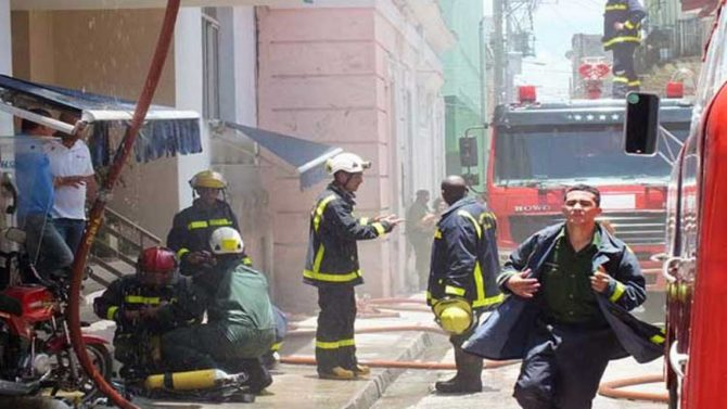 Incendio provoca severos daños a telecomunicaciones al centro de Cuba