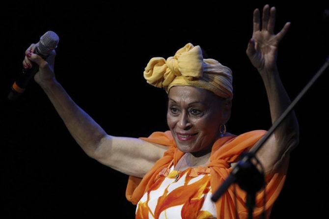 La Novia del Feeling Omara Portuondo canta a La Habana