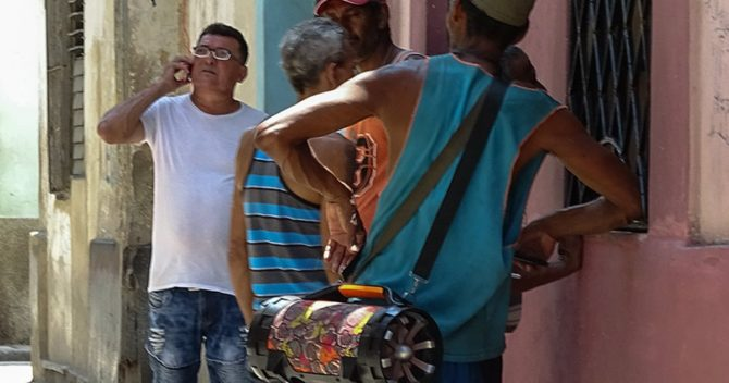 """Cuba multa a 13,700 """"promotores de ruido"""" para frenar la contaminación sonora"""