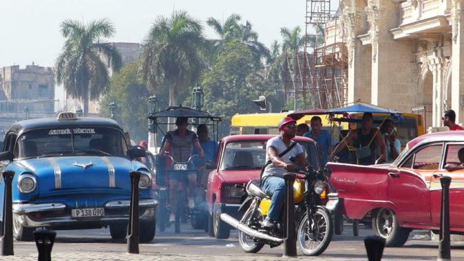 Regulaciones viales y del transporte público en la capital