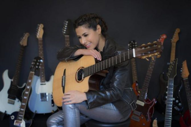 Vuela a La Habana artista mexicana Rosalía León