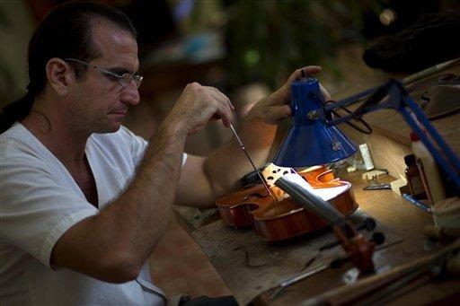 havana-live-violine-maker