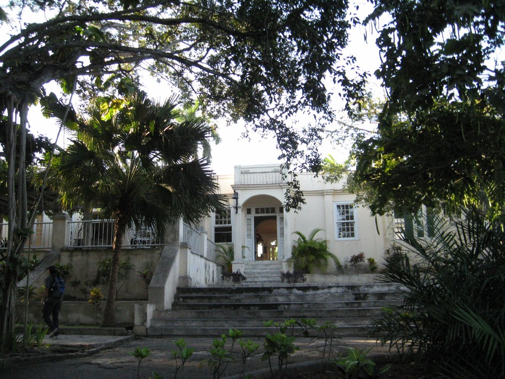 Utsa Architect Working To Preseve Hemingway S Finca Figia News From Havana