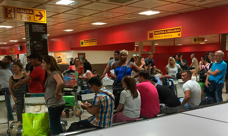 havana-live-aeropuerto-cuba-caos