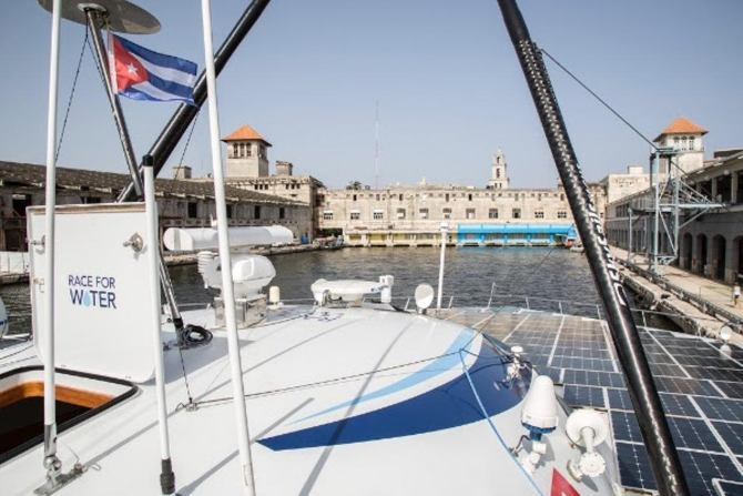 Race for Water vessel raise awareness to young cuban generations