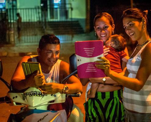 RUSSIA THE MAIN SUSPECT IN U.S. DIPLOMATS' ILLNESS IN CUBA