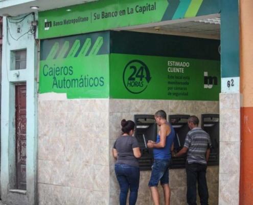 Banco Metropolitano entre el descontrol y el robo
