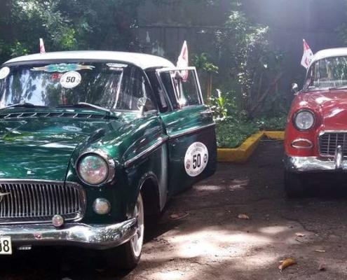 Automóviles antiguos en La Habana optan por la Copa Castrol