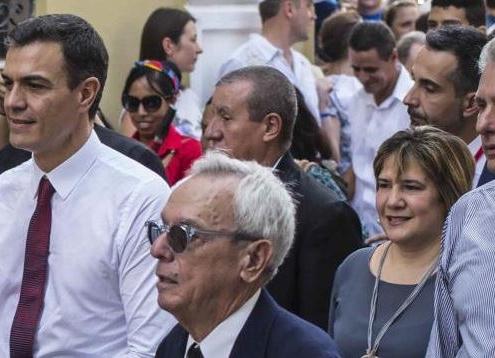 """L'Espagnol Pedro Sanchez """"brise la glace"""" avec Cuba"""