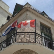 Un autre employé de l'ambassade à Cuba victime d'étranges maux