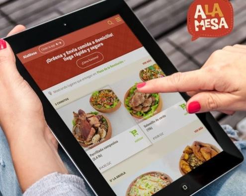 Emprendedores cubanos lanzan el primer servicio web que permite enviar comidas a domicilio
