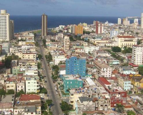Línea Street, in Havana