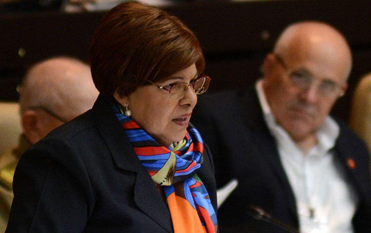 Ministros de Transporte y Finanzas
