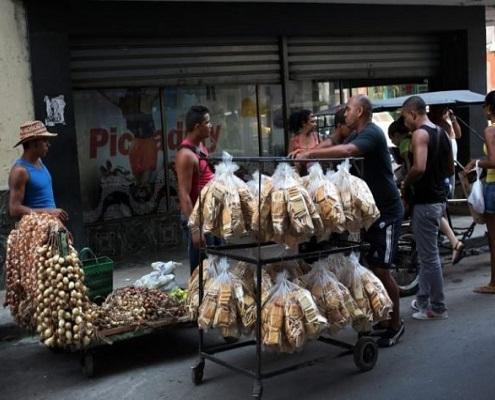 Más de 1,4 millones de cubanos trabaja en el sector privado