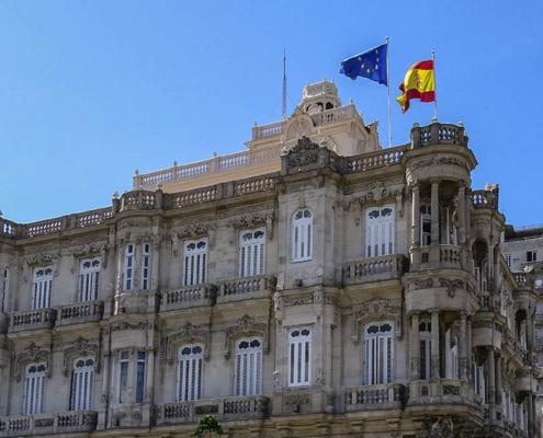 60.000 expedientes de nacionalidad por resolver todavía en La Habana