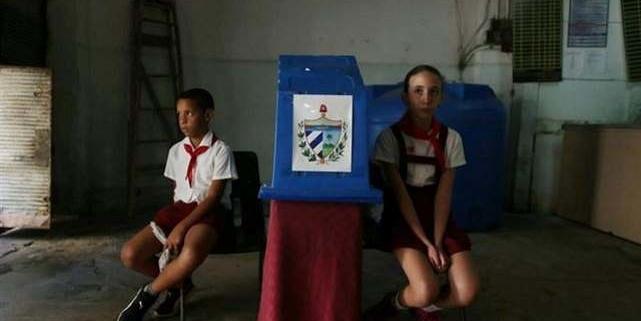 Les Cubains votent sur leur Constitution