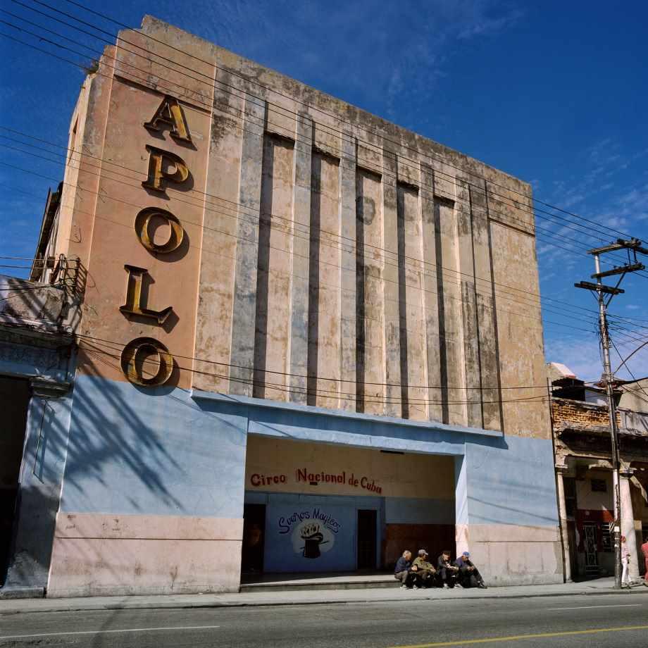 Les cinémas délavés de Cuba - en images