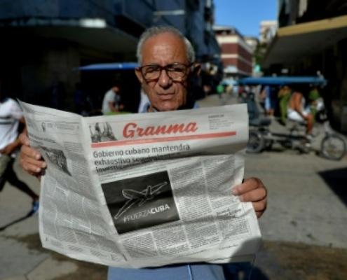 Los principales periódicos de Cuba reducen sus páginas por falta de papel