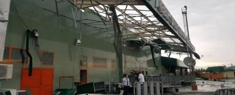 Una fuerte tormenta daña y cierra el aeropuerto internacional de Santa Clara