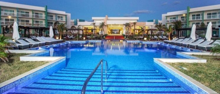 Cuba abrirá su primer hotel de lujo para personas LGBTI