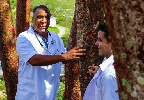 Alternative medicine blooms in Cuba