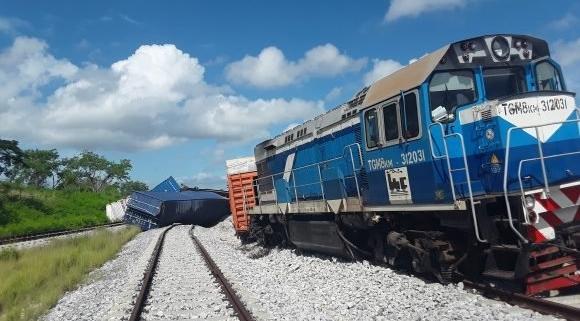 Descarrilamiento de un tren de carga en la vía Habana-Mariel