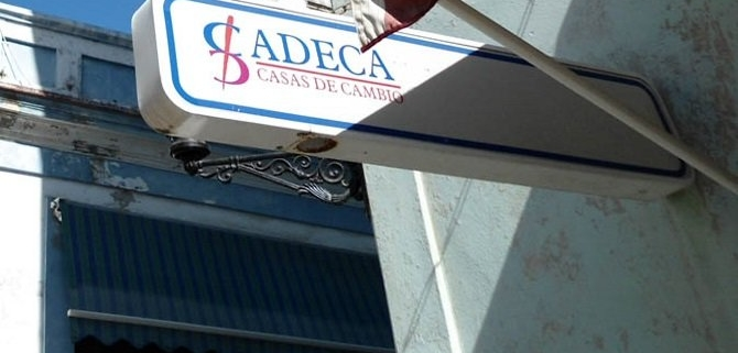CADECA money exchange houses announce new services for private sector