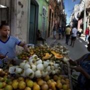 Les prix des aliments s'envolent, mais les salaires ne suivent pas