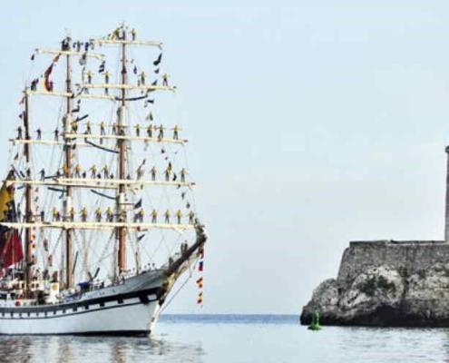 Buque escuela de armada venezolana llega a La Habana en visita oficial
