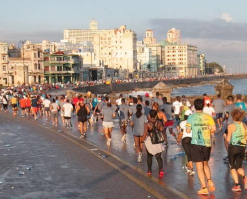 Más de 900 corredores de 59 países se inscriben en maratón de La Habana 2019