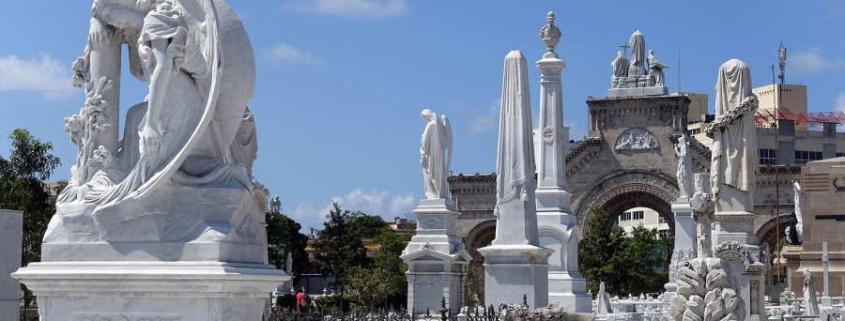 El Cementerio de Colon en La Habana luce nueva imagen