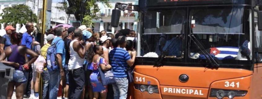"Cuba ""reorganizes"" transportation in face of energy crisis"
