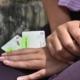 Foto: Thalía Fuentes Los cubanos ahora pueden obtener tarjetas magnéticas para nuevas cuentas de divisas