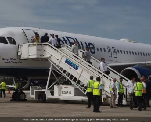 Mayoría de los cubanos se oponen a suspensión de vuelos de EEUU