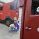 Nena: la perrita callejera que se convirtió en un bombero más en La Habana