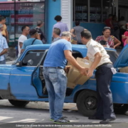 Gobierno de Cuba anunciará hoy nuevas medidas para tiendas en divisas extranjeras