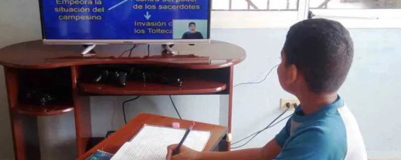 School year in Cuba continues on television