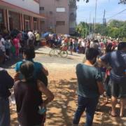 Colas gigantescas para alimentos en La Habana