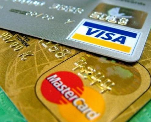 La justice américaine plainte contre Visa et Mastercard pour leurs activités à Cuba