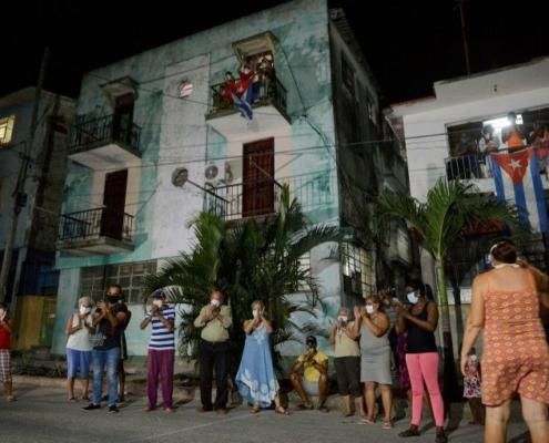 """""""L'embargo, encore plus cruel"""" en temps de pandémie, dénonce Cuba"""