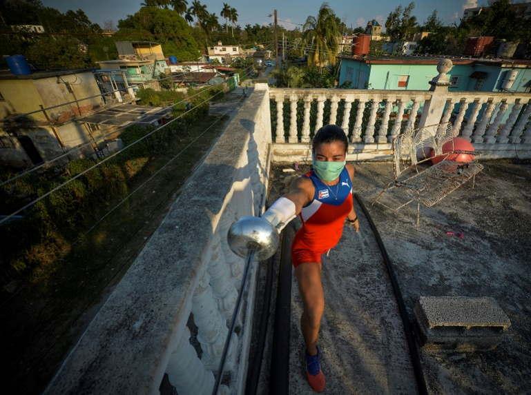 A Cuba, pendant le confinement, l'avenir se rêve depuis les toits