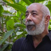"""L'écrivain cubain Leonardo Padura"""" dit ,""""Nous sommes le coronavirus du monde"""""""