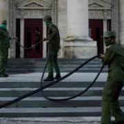 À Cuba, la fermeture au tourisme depuis plus d'un mois affecte durement l'économie du pays