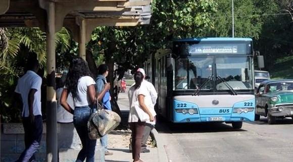 Estudian reorganización de los horarios y flujos de movimiento de pasajeros