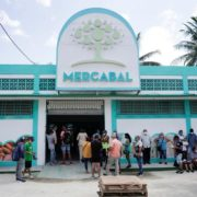 Cuba loosens restictions on private sector to stimulate economy