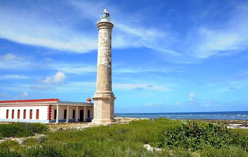 Belleza e importancia de 7 faros de Cuba