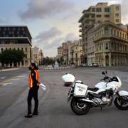 Más tests, menos transporte y todo cerrado en La Habana