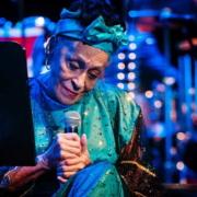 Cuba sigue adelante, afirma la cantante cubana Omara Portuondo