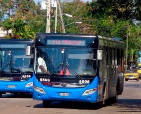 La Habana elimina restricciones antiCOVID relacionadas con el transporte de pasajeros