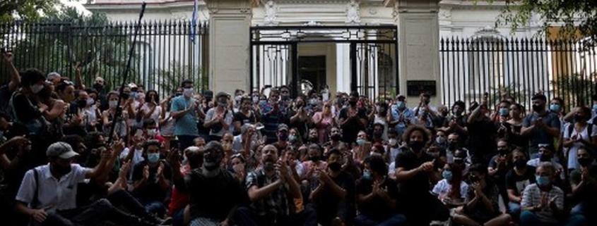 Cuba voit une manifestation inhabituelle de dissidence sur la liberté d'expression